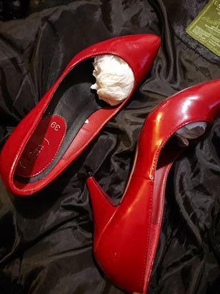 Zapatos 39,rojo charol