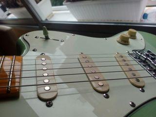 Guitarra eléctrica Rochester