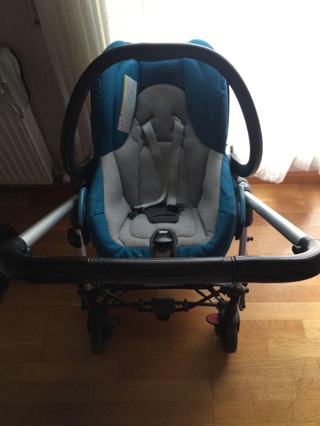 Carrito bebé trio bebé confort streety plus