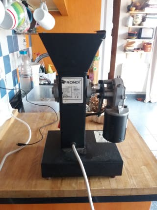 Máquina cascadora nueces y frutos secos