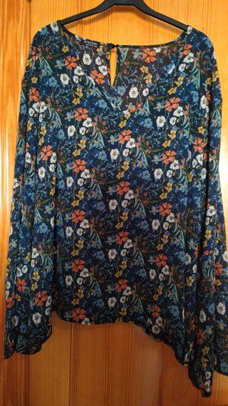 Blusa mujer estampado floral, sin estrenar.