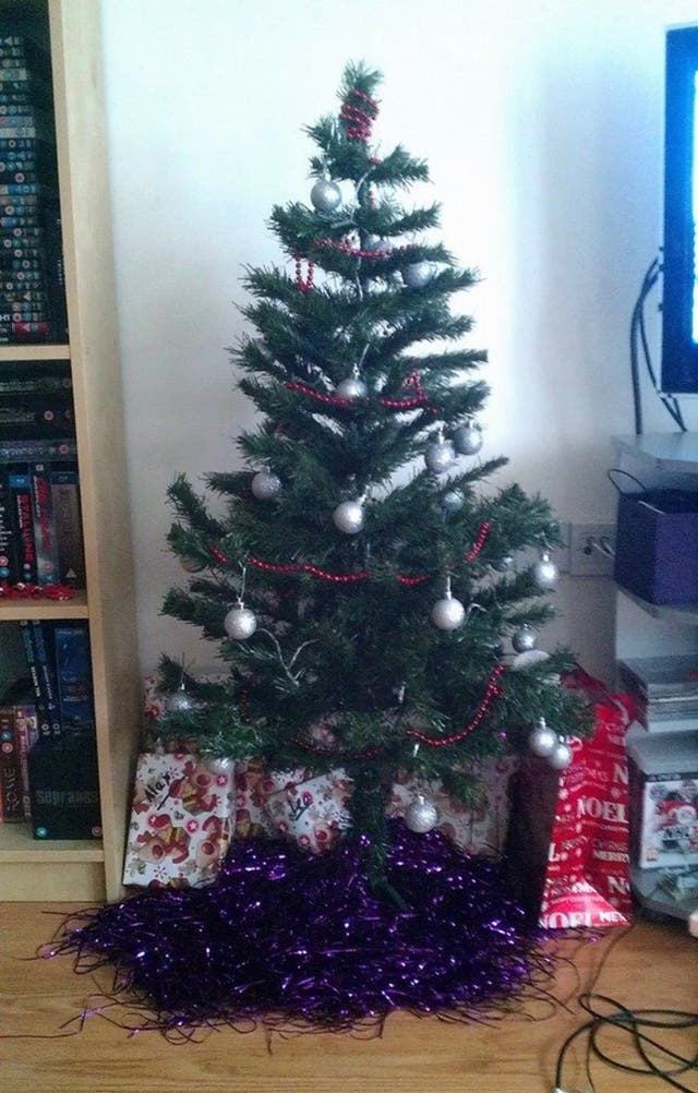 4' Christmas tree with box