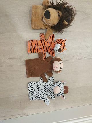 conjunto de marionetas