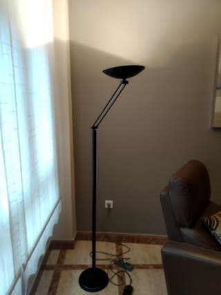 Lámpara regulable estilo industrial