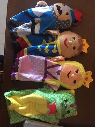 Juego de 4 marionetas de mano niños