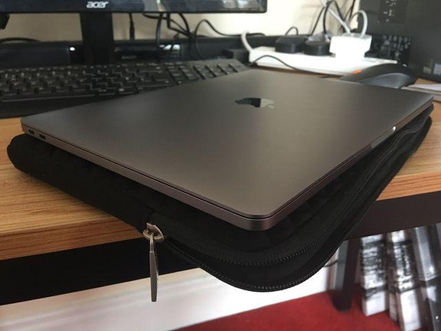 Apple MacBook Pro 13 inch new