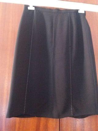 Falda negra mujer, talla 44.
