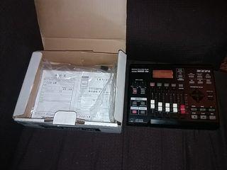 MultiTrak Recording Studio zoom MRS-4B
