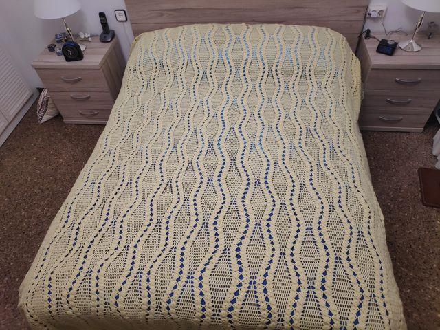 Colcha de lana cama de matrimonio