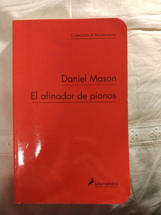 """Novela """"El afinador de pianos"""""""