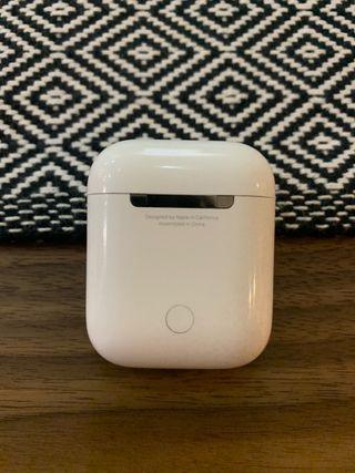 Cargador AirPods Apple