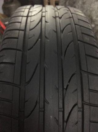 2 neumáticos 235/55R17 Bridgestone