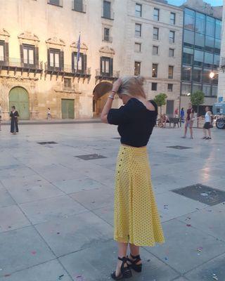 Falda Zara lunares amarilla