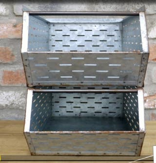 Caja almacenaje metálica