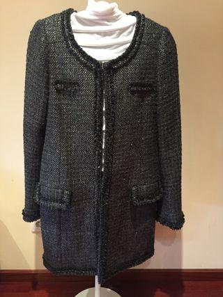 Abrigo negro plateado Zara