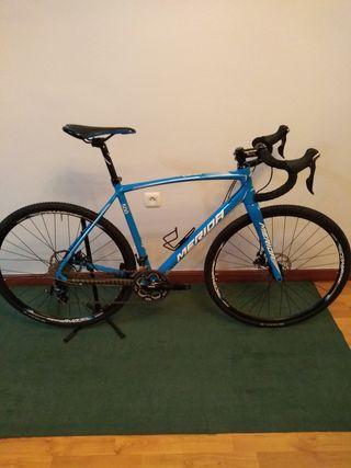 Bicicleta Ciclocros Merida