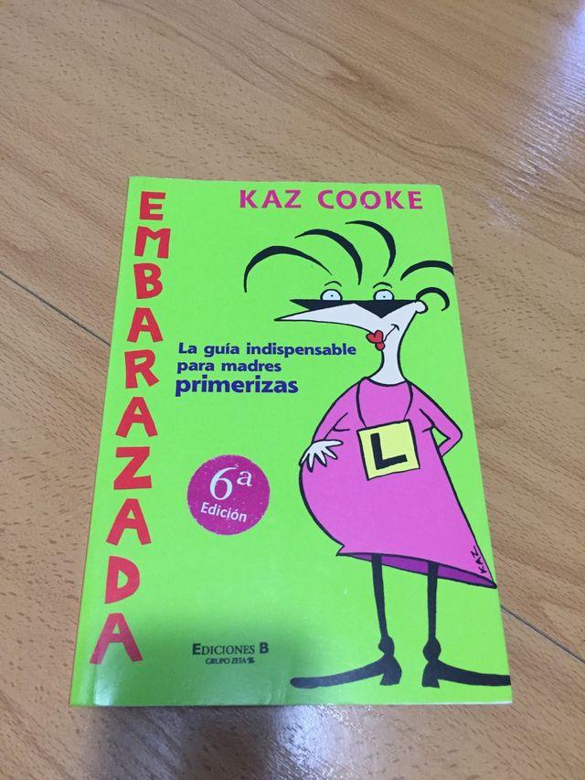 Embarazada de Kaz Cooke