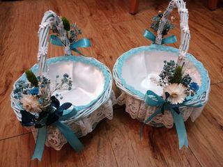 dos cestas novia y cojín anillos