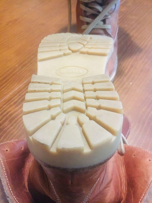 Botas Brotes piel