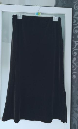 falda terciopelo negro talla L. sin estrenar