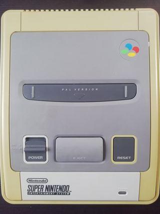 Súper Nintendo con mando turbo
