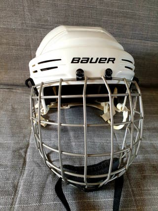 Casco de hockey BAUER 2100