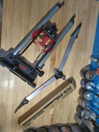 centrador de ruedas y aparaguador Minoura