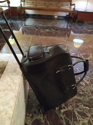 Troley-maleta negra