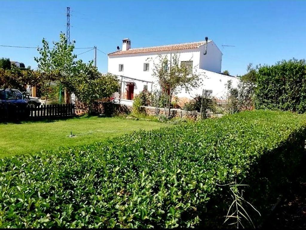 Casa con parcela en venta (Archidona, Málaga)
