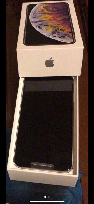 Se vende iPhone XS-Max 64gb
