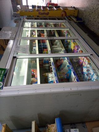 se vende mural frigorifico