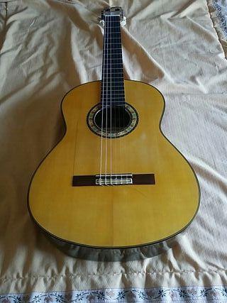 guitarra Hermanos Conde Atocha