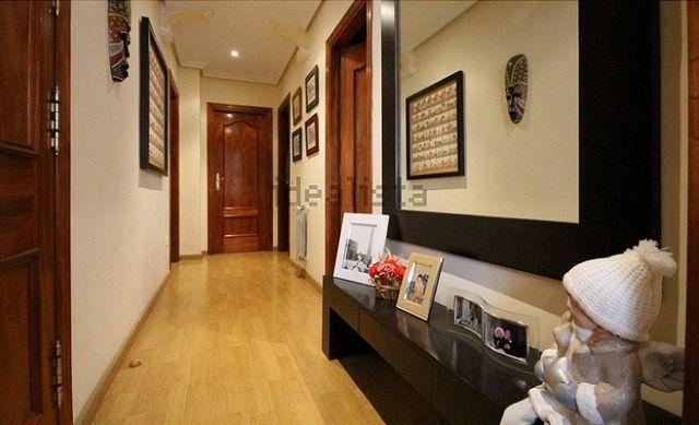 69 metros/2 dormitorios/2ª planta/ascensor/galería