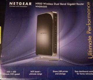 Router Netgear WNDR4500
