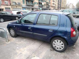 Renault Clio 2004