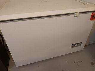 Congelador arcón horizontal Fagor 255L