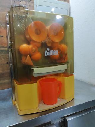 Exprimidor de naranjas profesional