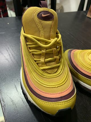 Zapatillas Nike Air Max 97 mostaza y granate