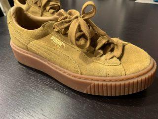 Zapatillas Puma Suede marrones talla 37