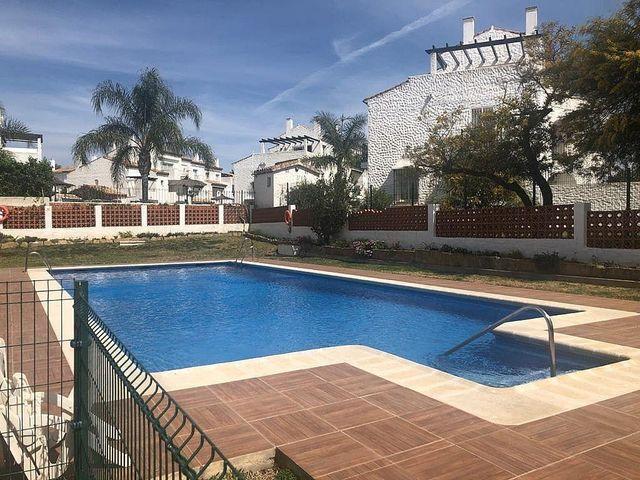 Piso en alquiler en Paraíso - Atalaya- Benamara en Estepona (Bel-Air, Málaga)