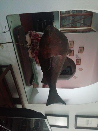 escultura de pez