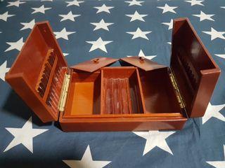 Caja de tabaco y puros + funda Zippo de regalo
