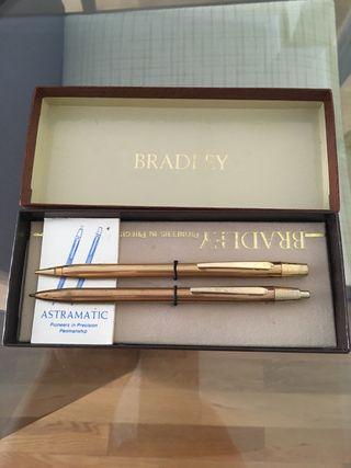 BRADLEY ( bolígrafo y portaminas ).-