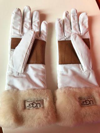 UGG guantes . Originales y nuevos sin estrenar