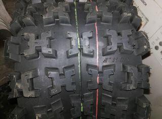 Neumáticos quad nuevos