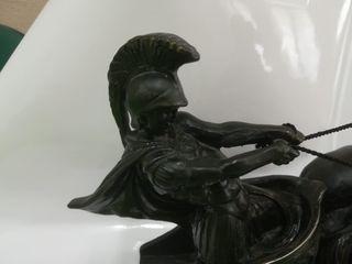 Escultura En el carro romano