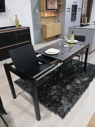MESA EXTENSIBLE 110X70cm negra con sillas