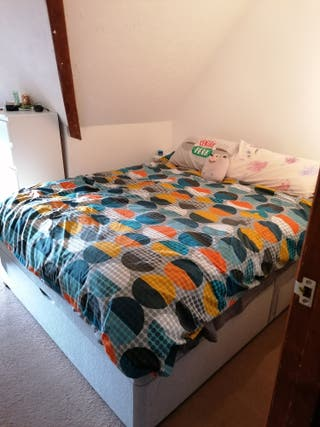 King size mattress, half ottoman and 2 drawers