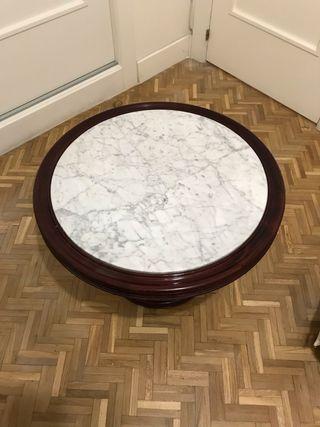 Mesa de mármol circular y madera