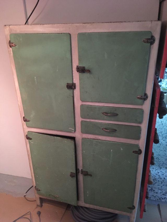 Mueble antiguo cocina años 50. 60 de segunda mano por 60 ...